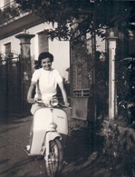 Foto Photo (7,5 X 10,5 Cm) Vespa ? Scooter Brommer Motor Moto Motorrad Salo - Motorbikes