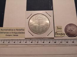 PORTUGAL 250$00 25 ABRIL SILVER 1974 - Portugal