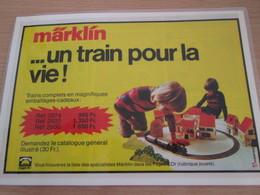 TRAIN ELECTRIQUE MARKLIN  -  Pour  Collectionneurs ... PUBLICITE  1/2 Page De Revue Des Années 70 Plas - Books And Magazines