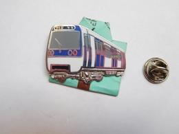 Beau Pin's En Zamac , Transport Bus RATP , METRO , RER , MF 77 , Signé Ballard , Argent - Transportation