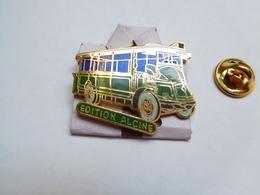 Superbe Pin's En EGF , Transport Bus Renault ?? ,  RATP , Edition Alcine - Transportation