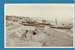 THE BEACH AND SANDS HAYLING ISLAND - Islande