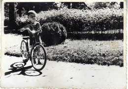 Cycling - Skopje 1956 - Child - Bike - Photo - Ciclismo