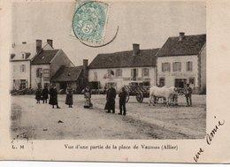 VAUMAS-Une Partie De La PLace, Marechalerie Amelin - Other Municipalities
