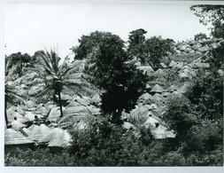 Photo Bénin. Le Pittoresque Village De Tanéka-Koko 1980. Photo Du Père Gust Beeckmans. - Africa