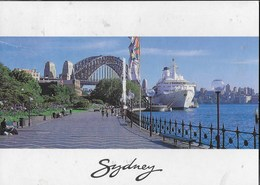 AUSTRALIA - N.S.W. -  SIDNEY - CIRCULAR QUAY AND ISLAND PRINCESS SHIP - VIAGGIATA 2001 FRANCOBOLLO ASPORTATO - Sydney
