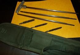 ARMEE AMERICAINE U.S: POCHETTE POUR LE NETTOYAGE DU FUSIL GARAND M1 , CASE CLEANING ROD , M1 , C6573 , TAMPON DE 1945 , - Equipment