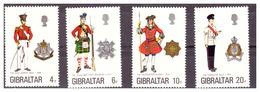 GIBILTERRA - 1975 - UNIFORMI MILITARI. 7A SERIE.  SERIE COMPLETA. - MNH** - Gibilterra