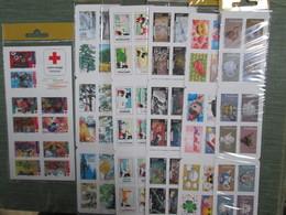 Carnets  Lettre Verte Et Blocs Feuillets Sous Pochette De La Poste Faciale 98 Euros - Carnets