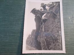 Photo Henri Guerin  ( La Pie) Mort En Montagne Le 2 8 1934 Dans Sa 20 Ieme Annee . Ascension De L Aiguille De Polset - Sports