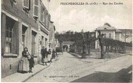 FEUCHEROLLES ... RUE DES CAVEES - France
