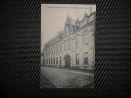 Ypres  ( Ieper)  :   Gesticht Der H. Familie - Ieper