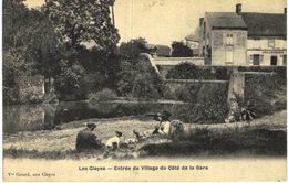 LES CLAYES ... ENTREE DU VILLAGE DU COTE DE LA GARE - France