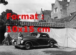 Reproduction D'une Photographie Ancienne D'une Mercedes-Benz 300 SC Décapotable En 1956 - Reproductions