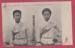 CAMBODGE----PHNOM-PENH----Jeunes Femmes Cambodgiennnes - Cambodia