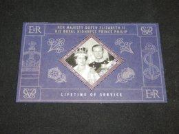 Cook Islands - 2010 Queen Elizabeth II Block MNH__(TH-3527) - Cook Islands