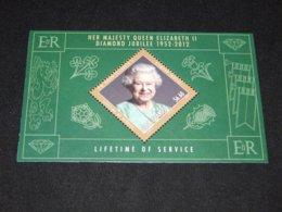 Cook Islands - 2012 Queen Elizabeth II Block MNH__(TH-13113) - Cook Islands