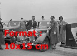 Reproduction D'une Photographie Ancienne D'une Jaguar SS Participant à Un Rallye En 1936 - Reproductions