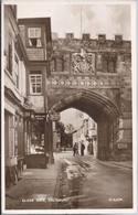 Close Gate Salisbury  - HP1428 - Salisbury