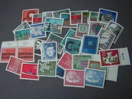 BRD Nice Lot ** MNH - Briefmarken