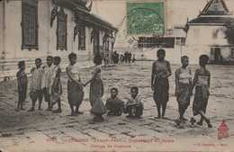 ASIE ASIA INDOCHINE CAMBODGE COLONIES FRANCAISES PHNOM PENH  PNOM PENH Domestiques Du Palais édit DIEULEFILS HANOI - Cambodia