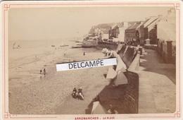 ARROMANCHES Années 1890 - Photo Originale De La Plage Par DESLANDES  Bayeux ( Calvados ) - Places