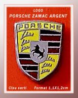 SUPERBE PIN'S PORSCHE : LOGO En ZAMAC ARGENT, Clou Serti, Format 1,1X1,2cm - Porsche