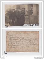 7845 AK/PC/CARTE PHOTO /2183  FERME DE LA COURNEUVE GROUPE AVEC CHEVAL 1912 - Cartoline