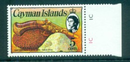 Cayman Is 1974-75 5c Pistol & Coral Defin MUH Lot72569 - Cayman Islands