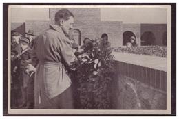 DT- Reich (005753) Propaganda Sammelbild Deutschland Erwacht Bild 104, Der Führer Ehrt Die Gefallenen In Tannenberg 1931 - Briefe U. Dokumente