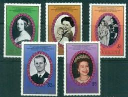 St Vincent 1987 Queen Victoria, QEII, Royal Family MUH - St.Vincent (1979-...)