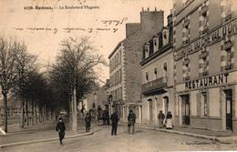RENNES -35- LE BOULEVARD MAGENTA HOTEL DU CHEVAL D'OR - Rennes