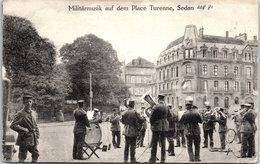 08 SEDAN - Militarmusik Auf Dem Place Turenne. - Sedan