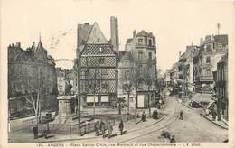 CPA 49 Maine Et Loire - Angers - Place Sainte Croix Rue Montaut Rue Chaperonnière - Colombage - Librairie L.V. Phot - Angers