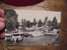 Macon    Terrain De Camping (ancien ) Tente Caravane Simca - Macon
