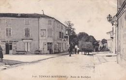 TONNAY BOUTONNE ROUTE DE ROCHEFORT ANIMATION ATTELAGE BOULANGERIE - France