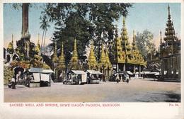 * RANGOON (Myanmar), WELL AND SHRINE, SHWE DAGON PAGODA, Verlag D.A. Ahuja, Rangoon Nr.94, 191? - Myanmar (Burma)
