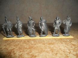 """Série De 6 Figurines Kinder En Métal """"les Guerriers"""" - Metal Figurines"""