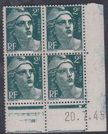 France N° 713 XX Marianne De Gandon 2 F. Vert En Bloc De 4 Coin Daté Du 20 . 7 . 45 , 1 Pt Blanc Sans Ch. TB - Coins Datés