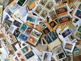 Worldwide Kiloware Stamps On Paper 100 Gr - Stamps