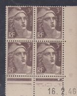 France N° 715 XX Marianne Gandon  3 F. Brun Foncé En Bloc De 4 Coin Daté Du  16 . 2 . 45 , 1 Point Blanc Sans Ch., TB - Coins Datés