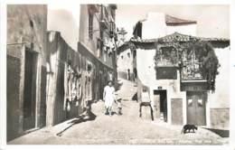 Portugal - Lisboa - Alfama - Rua Dos Corvos - Lisboa