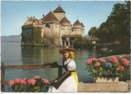 V2806 Ragazza Girl Femme Frau Chica Pin Up - Lac Leman - Chateau De Chillon / Non Viaggiata - Pin-Ups