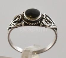 Ezüst(Ag) Gyűrű ónix Berakással, Jelzett, Méret: 56, Bruttó: 2,1 G - Jewels & Clocks
