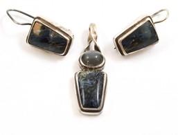 Ezüst(Ag) Féldrágakővel Díszített Fülbevalópár, Hozzáillő Medállal, Jelzett, Bruttó: 16,6 G - Jewels & Clocks