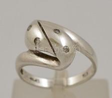 Ezüst(Ag) Hullámos Gyűrű, Apró Kövekkel, Jelzett, Méret: 63, Bruttó: 2,9 G - Jewels & Clocks