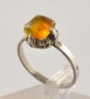 Ezüst(Ag) Gyűrű Borostyánnal, Jelzett, Méret: 56, Bruttó: 2,3 G - Jewels & Clocks