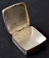 Ezüst (Ag) Gyógyszeres Dobozka, K Sz Monogrammal, Jelzett, 2,5x2,5 Cm, Nettó: 10,9 G. - Jewels & Clocks