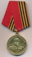 Oroszország 1994. 'Zsukov Érem' Sárgaréz Kitüntetés Mellszalaggal T:1- Russia 1994. 'Medal Of Zhukov' Brass Decoration W - Coins & Banknotes