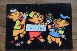 WALT DISNEY TROIS PETITS COCHONS CARTE FEUTREE / FEUTRINE / VERS 1960 - Autres